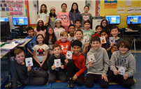 East Meadow Students Create Valentines for Veterans photo  thumbnail162191