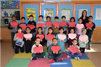 East Meadow Students Create Valentines for Veterans photo 2 thumbnail162192